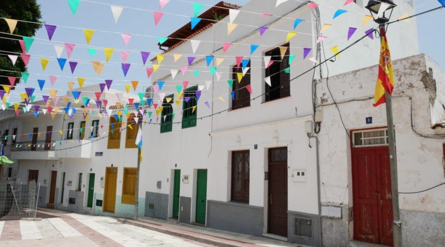 Weiße Häuser in Taganana im Anaga-Gebirge