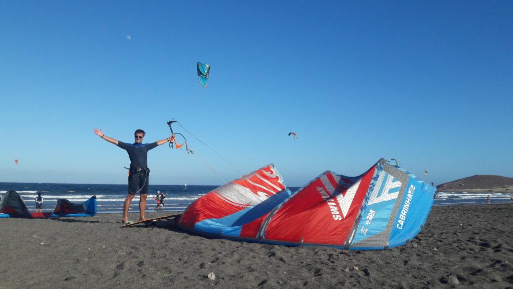 Auswanderer David beim Kitesurfen auf Teneriffa