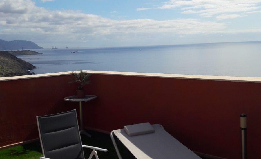 Unsere Dachterrasse auf Teneriffa ist perfekt zum Relaxen.