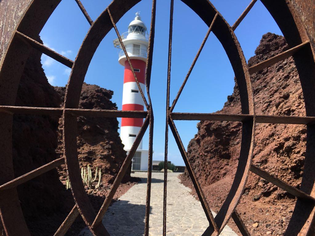 Eine Top-Sehenswürdigkeit auf Teneriffa ist der Leuchtturm Faro de Teno