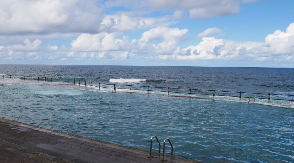 Bajamar: Naturschwimmbecken in dem Küstenort im Norden Teneriffas