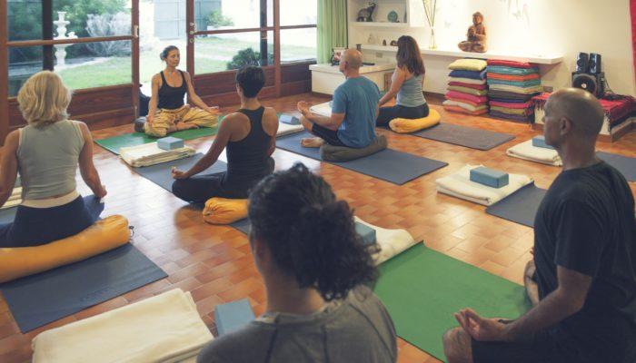 Yoga im Pura Vida Atemzentrum Teneriffa von Auswanderin Silke