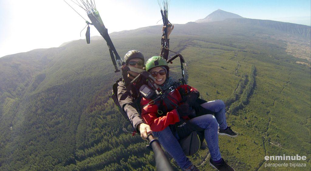Paragliding auf Teneriffa ist ein ganz besonderes Erlebnis