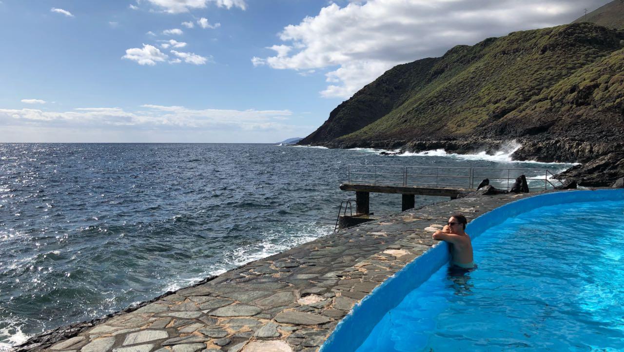 El Hierro: Schwimmen auf der Insel selbst im Dezember