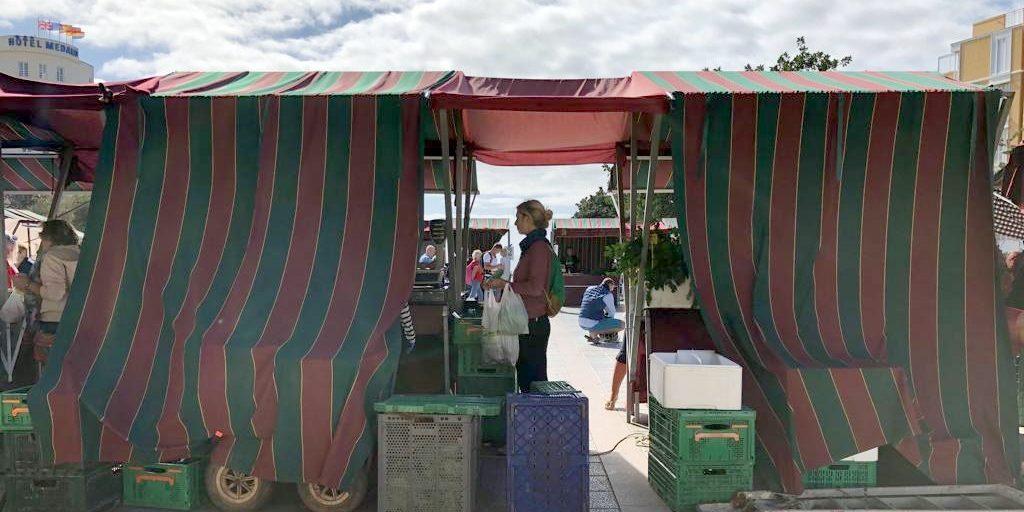 Einkaufen auf dem Markt in El Medano