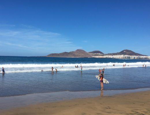 Las Canteras Surfstrand in Las Palmas