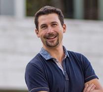 Auswanderer nach Teneriffa Sebastian - Der Social Media Doktor lebt und arbeitet auf Teneriffa
