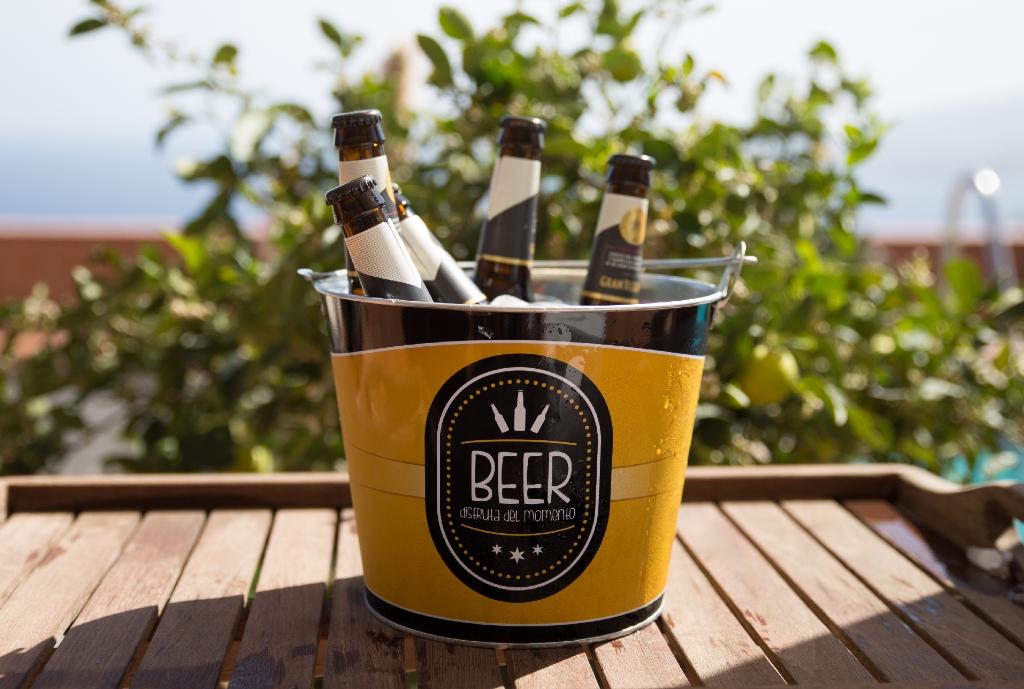 Bier stand kalt für die Gäste der 1. Workation auf Tenerrifa