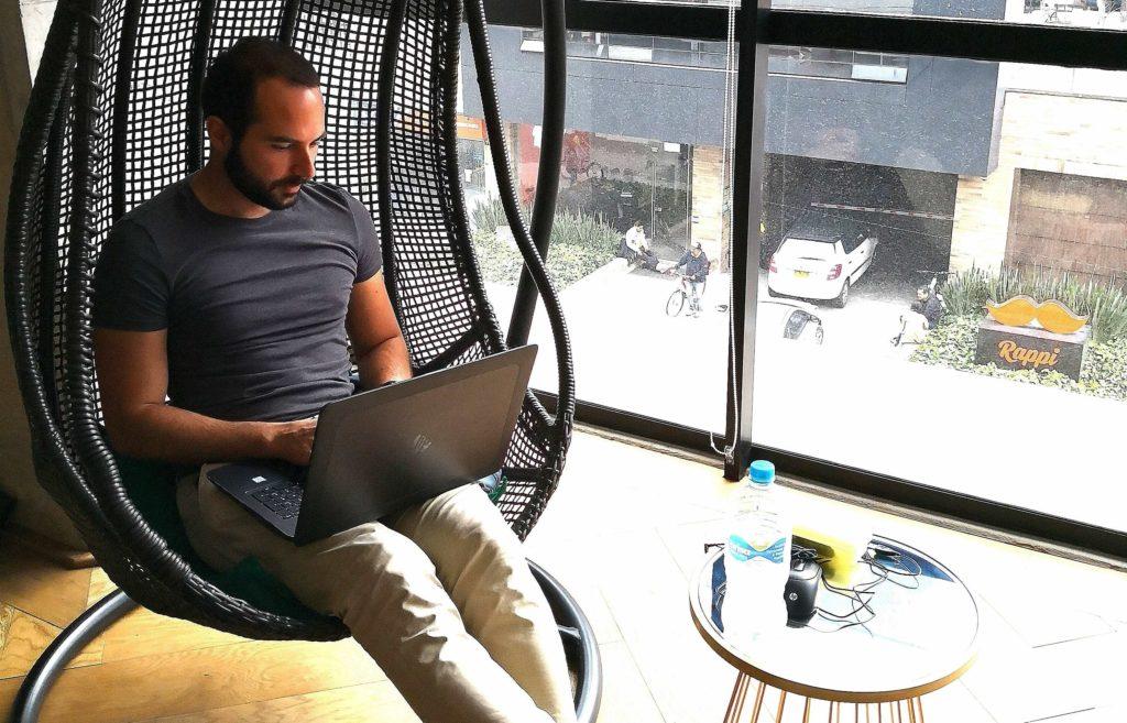 Remote Arbeiten im Ausland - immer an neuen Orten arbeiten