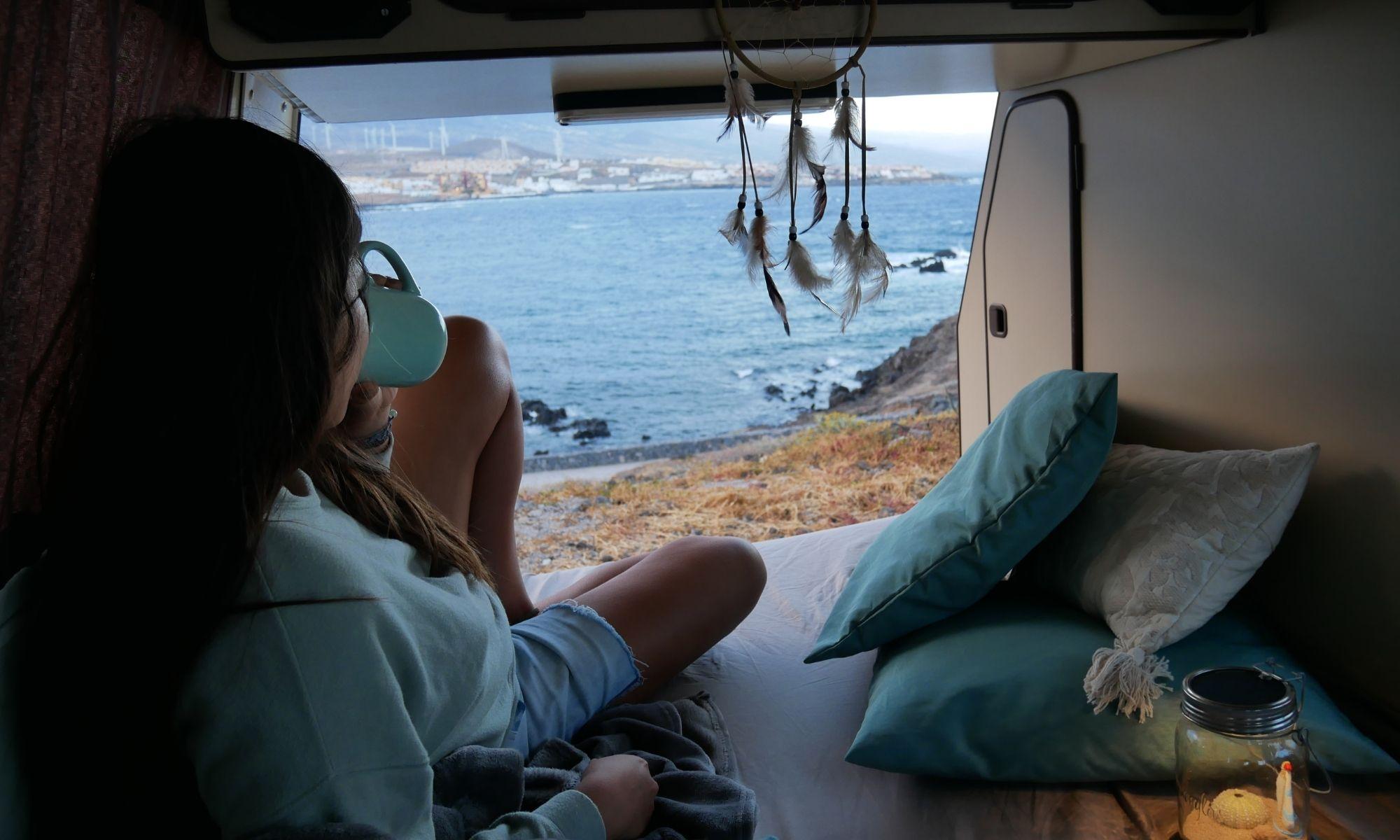 Aufwachen am Meer - Camping auf Teneriffa